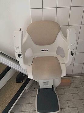 Gebrauchter Treppenlift ThyssenKrupp Variante Levant